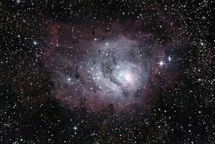 Nébuleuse de la Lagune (M8), Sagittaire